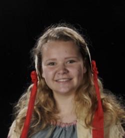 Sommerspil 2015 Hals Musical Spillemand på en tagryg, Laura V. Madsen