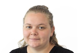Anne Moe - Skansespillet 2019, Alice i Eventyrland - Bag Spejlet