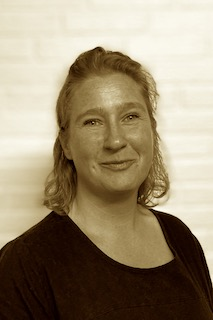 Stine Holst Jannerup - Skansespillet